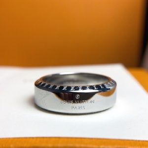 *Last Price*Louis Vuitton Stainless Steel LV Ring